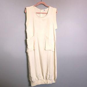 STYLE - Cream Dress with Font Pockets, Fun Hem XXL
